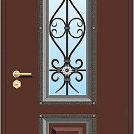 Окно с коваными элементами